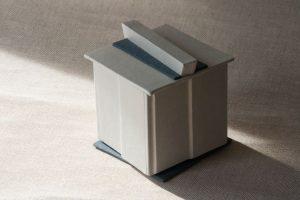 Gebrauchsgraphik - Schachtel helles Leder mit Deckel