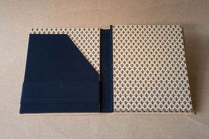 Gebrauchsgraphik - Schreibmappe Kalbsleder-geöffnet